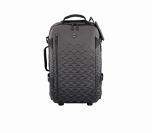 šedá kabinovka Victorinox Vx Touring 55cm Wheeled Carry-On